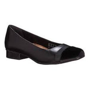 Keesha Rosa Black Leather by Clarks